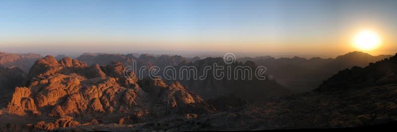 Download Lever de soleil de Sinai image stock. Image du religion - 8652407