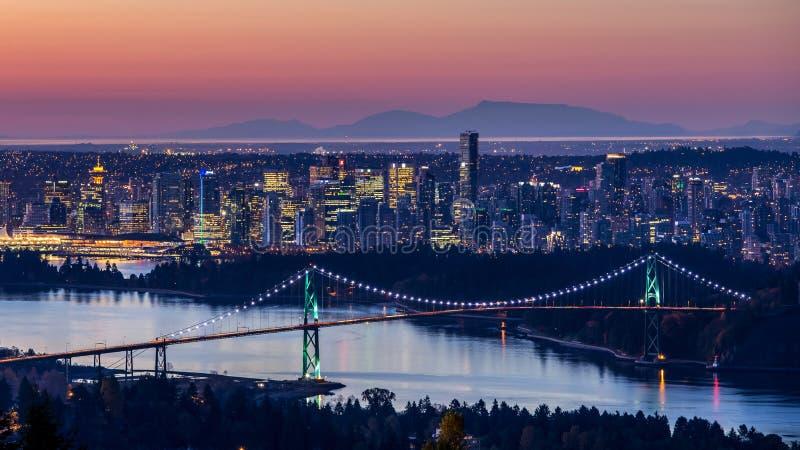 Lever de soleil de ville de Vancouver photographie stock libre de droits