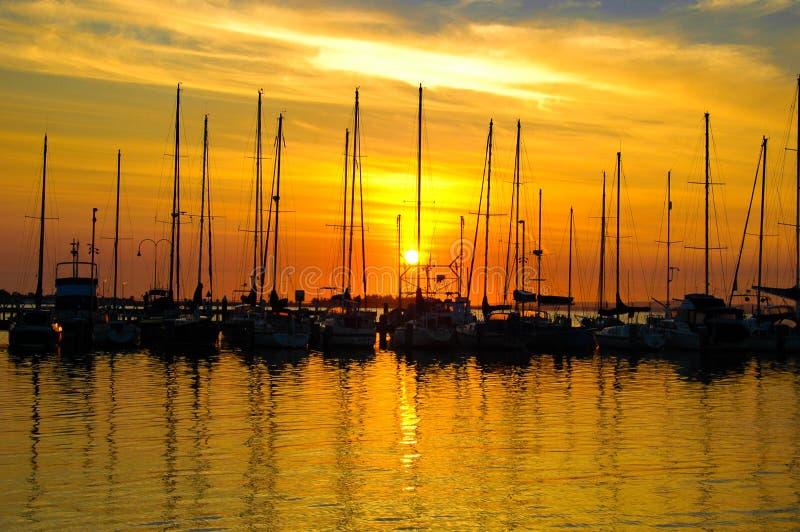 Lever de soleil de yacht photo stock