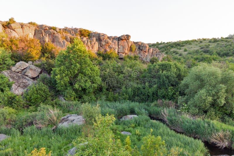 Lever de soleil en canyon d'Aktove images stock