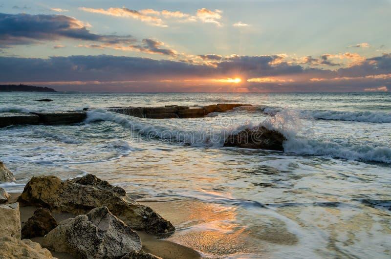 Lever de soleil et mer images libres de droits