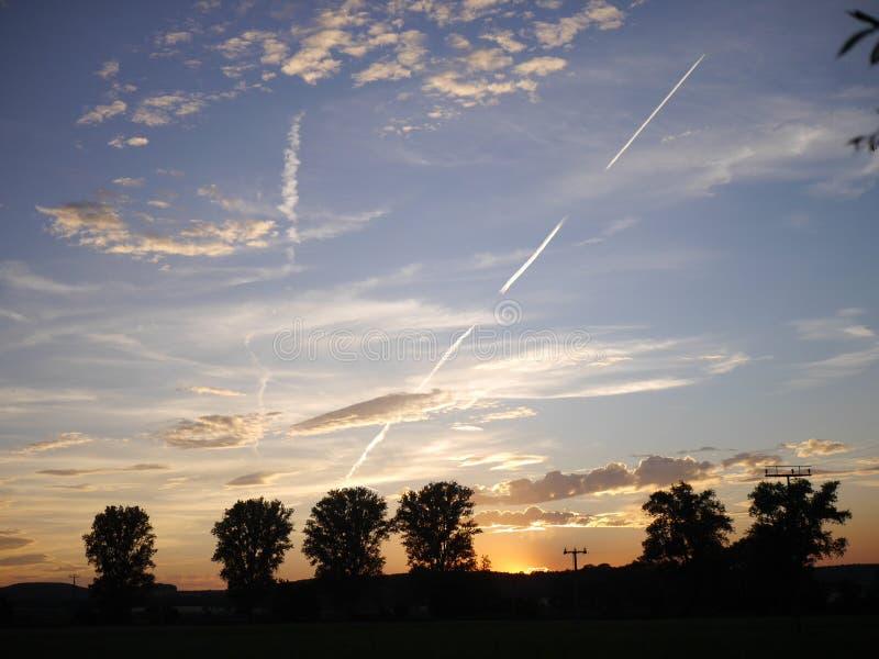 Lever de soleil, nuages images stock