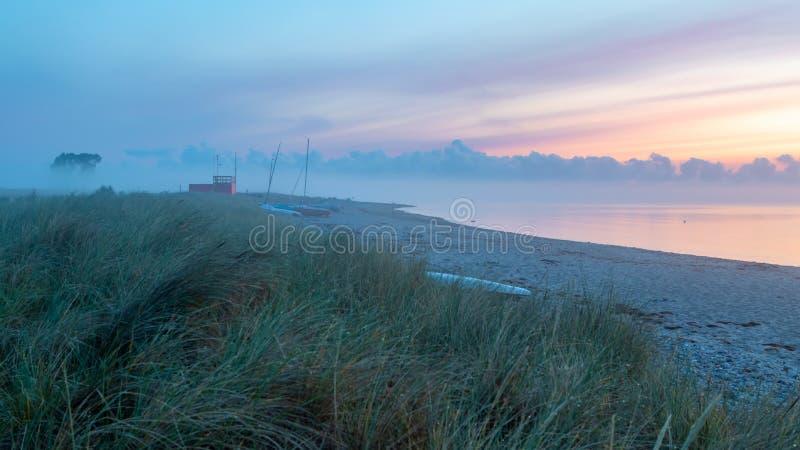 Lever de soleil romantique à la mer baltique, Allemagne photo stock