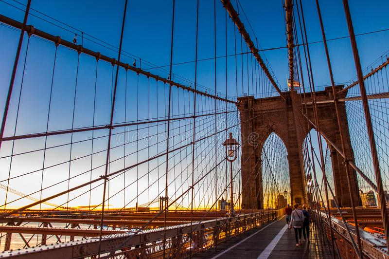 Lever de soleil sur le pont de Brooklyn, Brooklyn, New York, 2016 images stock