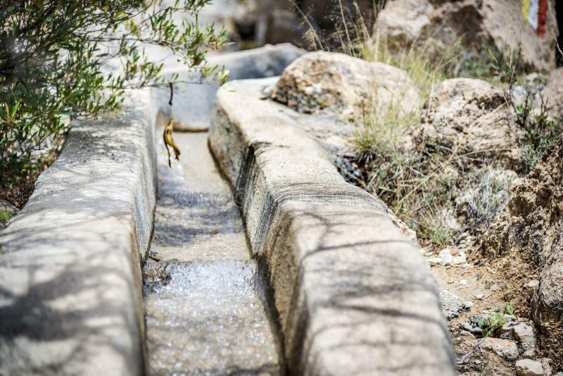 Leverans för Oman Saiq platåvatten royaltyfria foton