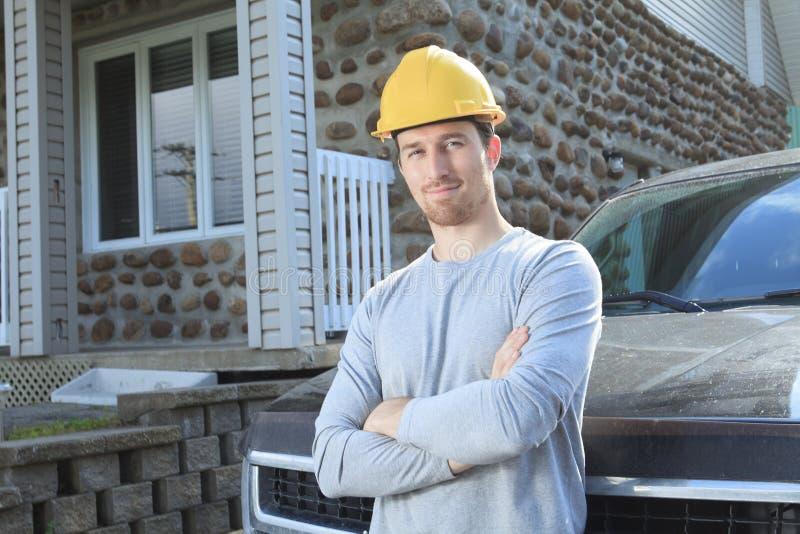 Leverantören med är lastbilen royaltyfri fotografi