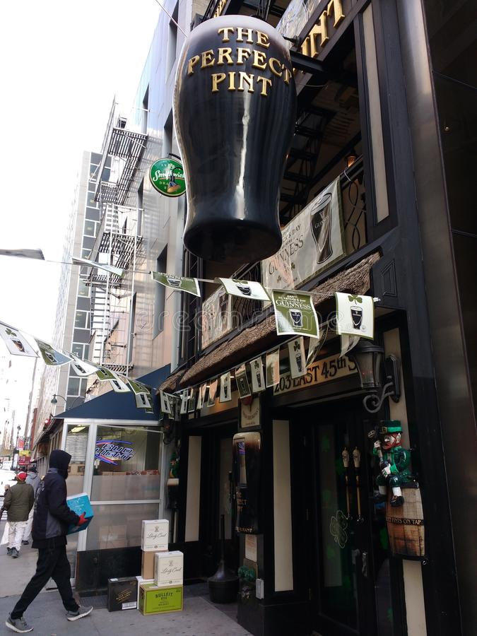 Levering, Ierse Bar, NYC, NY, de V.S. stock afbeeldingen