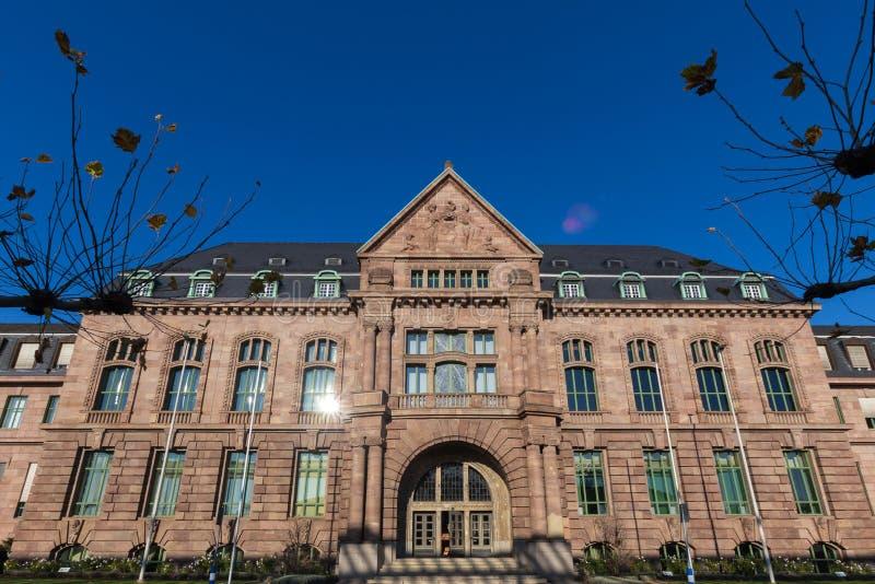 Leverkusen, Noordrijn-Westfalen/Duitsland - 23 11 18: bayer hoofdkwartier in Leverkusen Duitsland royalty-vrije stock foto's