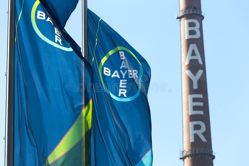 Leverkusen, Noordrijn-Westfalen/Duitsland - 23 11 18: bayer hoofdkwartier in Leverkusen Duitsland stock afbeeldingen