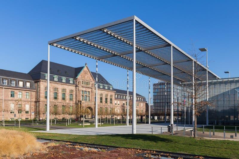 Leverkusen, Noordrijn-Westfalen/Duitsland - 23 11 18: bayer hoofdkwartier in Leverkusen Duitsland royalty-vrije stock afbeelding