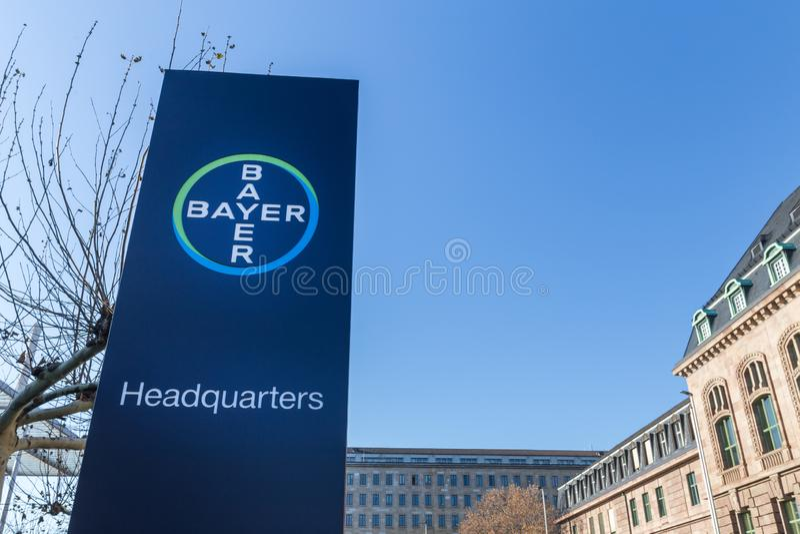 Leverkusen, Renania settentrionale-Vestfalia/Germania - 23 11 18: sedi di Bayer a Leverkusen Germania immagini stock libere da diritti
