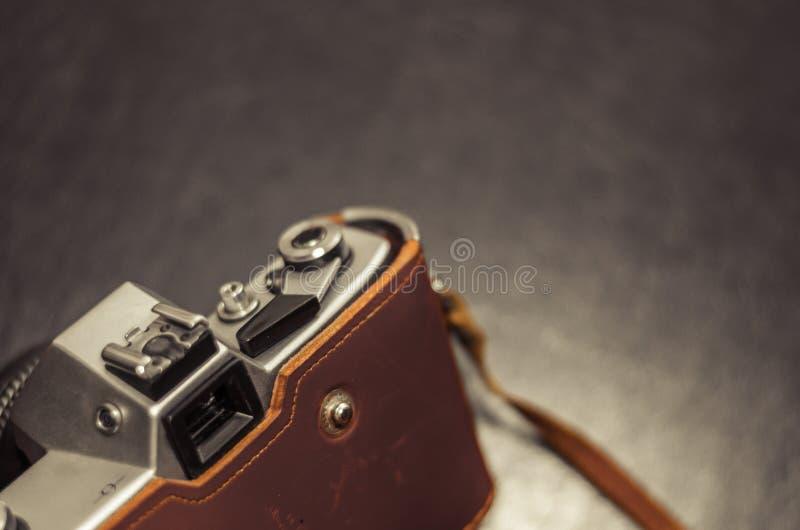 Levier de rebobinage de bouton et de film de volet sur une vieille caméra Macro Orientation molle images libres de droits