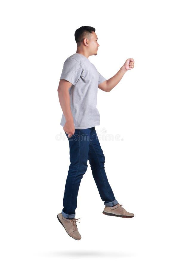 levitation Passeio de salto da dança do homem asiático novo fotografia de stock royalty free