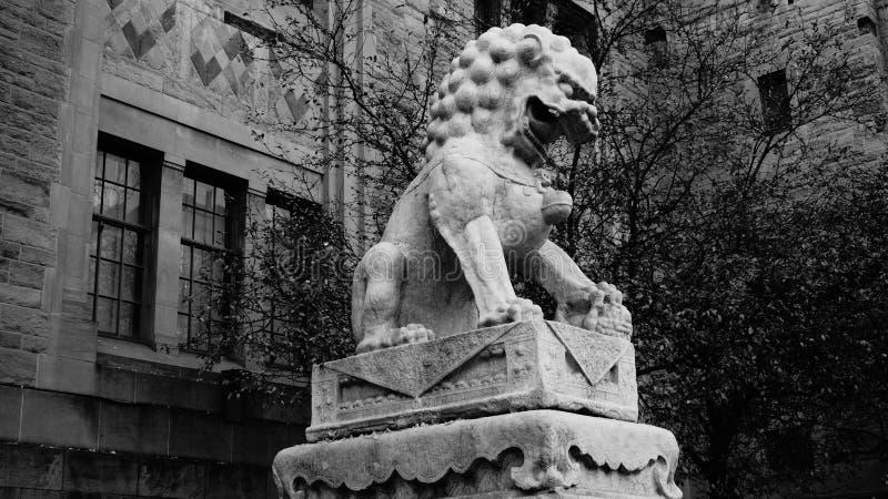 Lew rzeźba fotografia royalty free