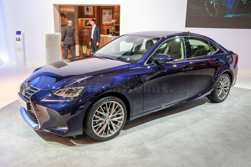 Lexus È salone ibrido di lusso di sport immagine stock libera da diritti