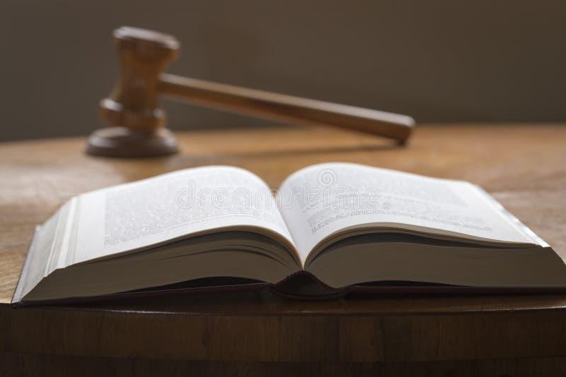 Ley y orden imágenes de archivo libres de regalías
