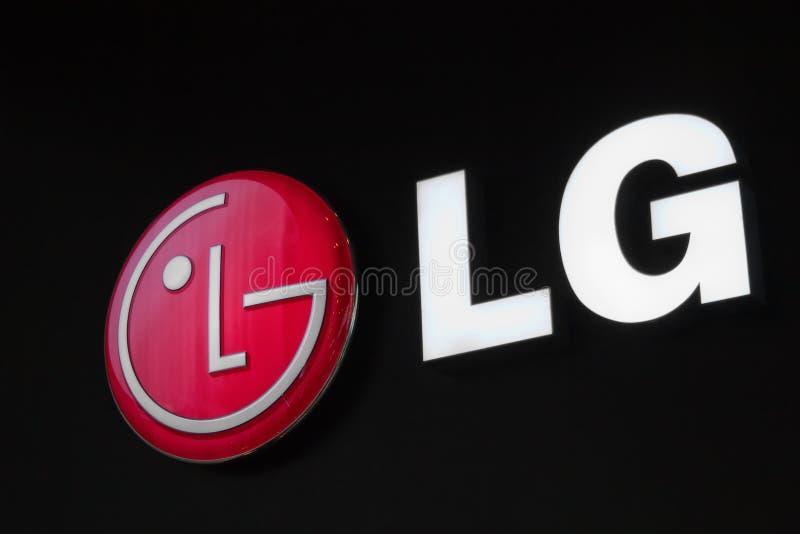 lg-logoen ställer ut arkivfoto