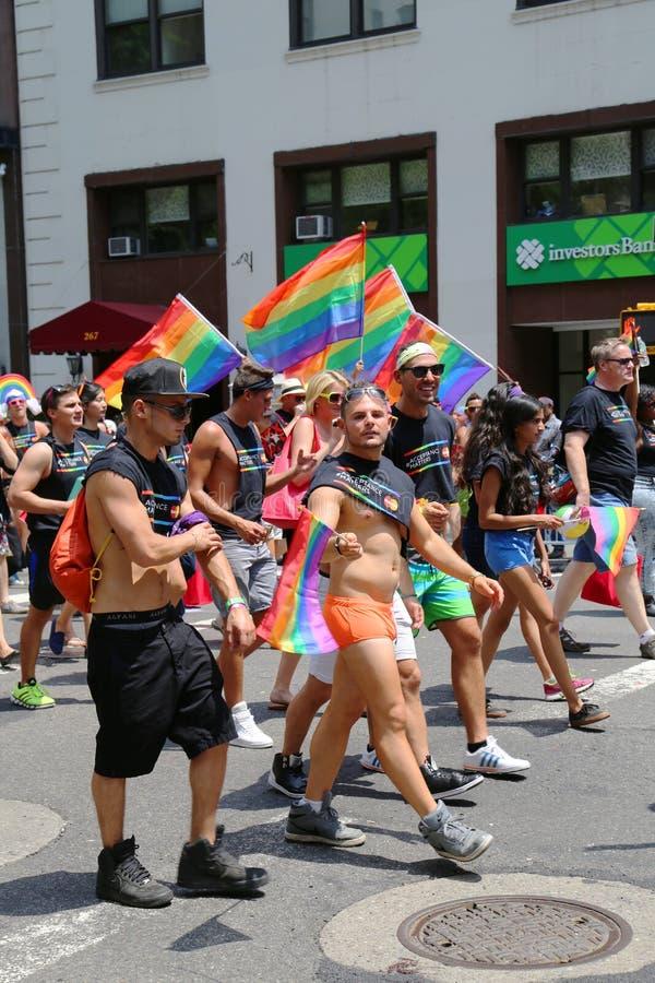 LGBT dumy parady uczestnicy w Miasto Nowy Jork zdjęcie stock