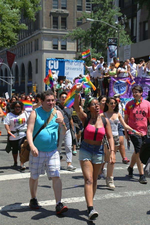 LGBT dumy parady uczestnicy w Miasto Nowy Jork zdjęcia royalty free