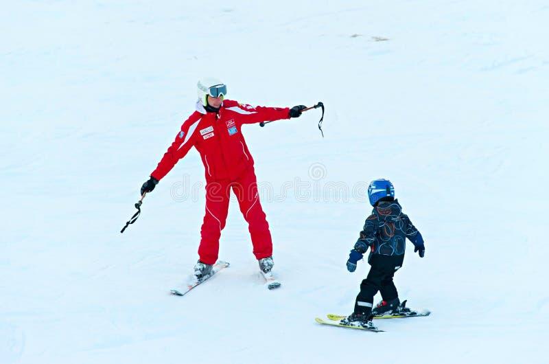 Lição do esqui para crianças fotos de stock
