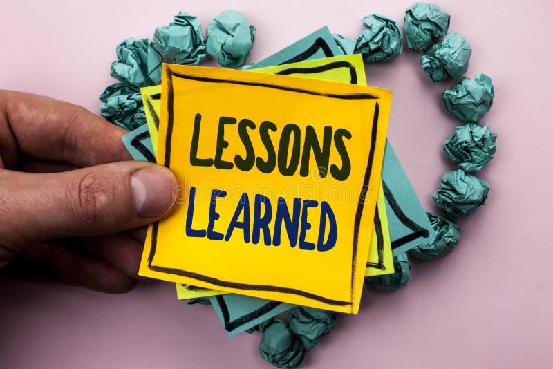 Lições do texto da escrita instruídas Experiências do significado do conceito que devem ser tomadas em consideração no futuro esc imagens de stock royalty free
