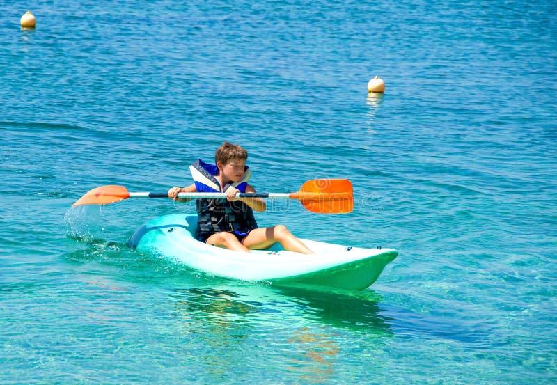 Lições Kayaking imagem de stock royalty free