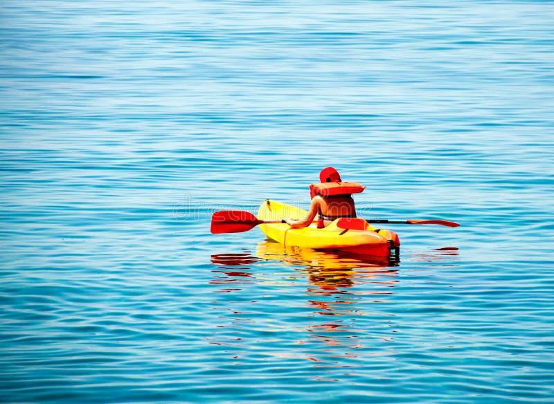Lições Kayaking imagem de stock