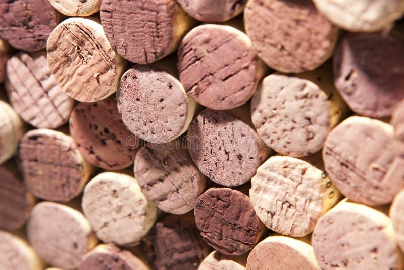 Lièges de vin rouge de couleur variable image libre de droits