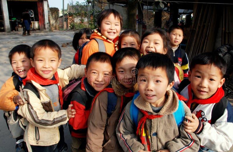 Li, China: Chinese Schoolkinderen royalty-vrije stock afbeeldingen