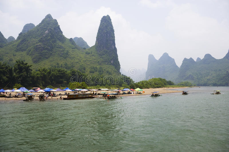 Download Li River And Karst Mountains Of Guilin Stock Photo - Image: 10533308