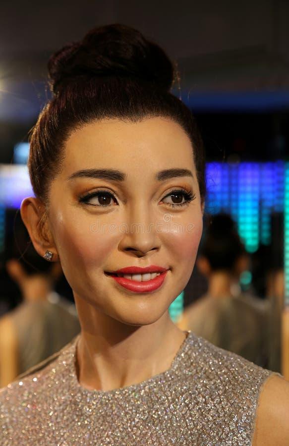 Li som bingbing, berömd kinesisk aktrisvaxstaty på madamtussauds i Hong Kong arkivbild