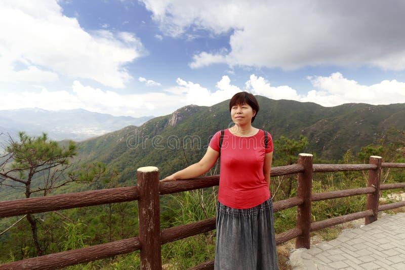 lianhuashan & x28的妇女;莲花山& x29; 库存照片