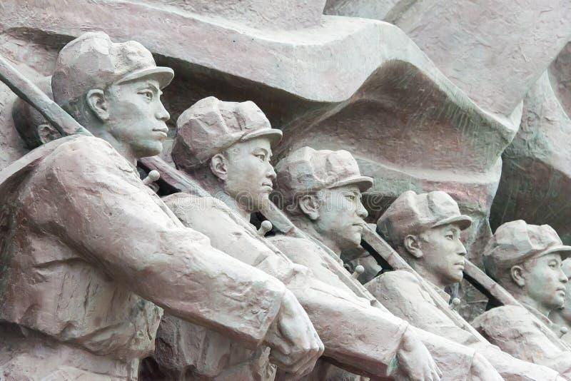 LIAONING KINA - Juli 28 2015: Kinesiskt folks volontärarmé S arkivfoto
