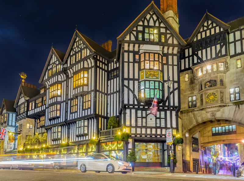 Liberdade do shopping de Londres imagens de stock royalty free