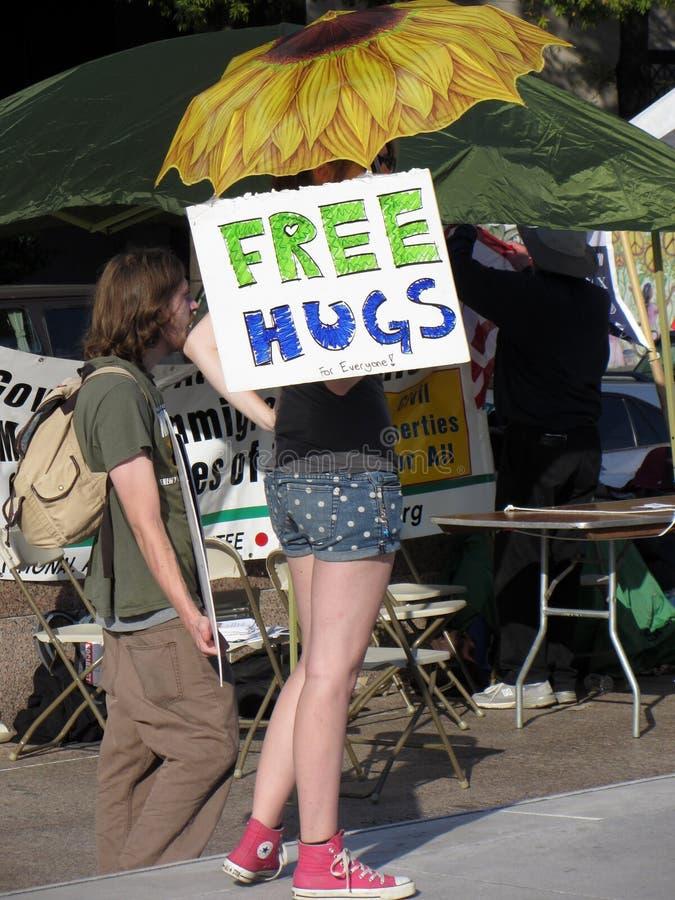Liberi gli abbracci fotografia stock libera da diritti