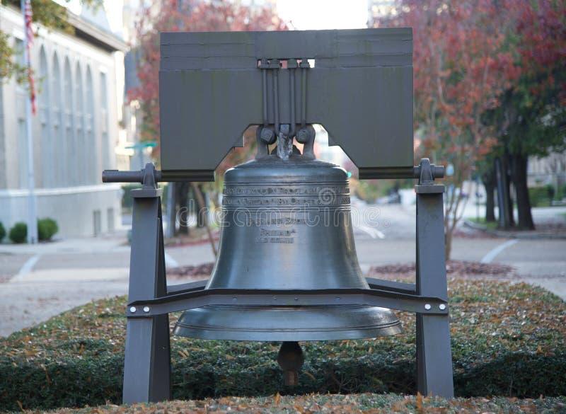 Liberty Bell w Kapitałowym kwadracie, Jackson Mississippi obrazy stock