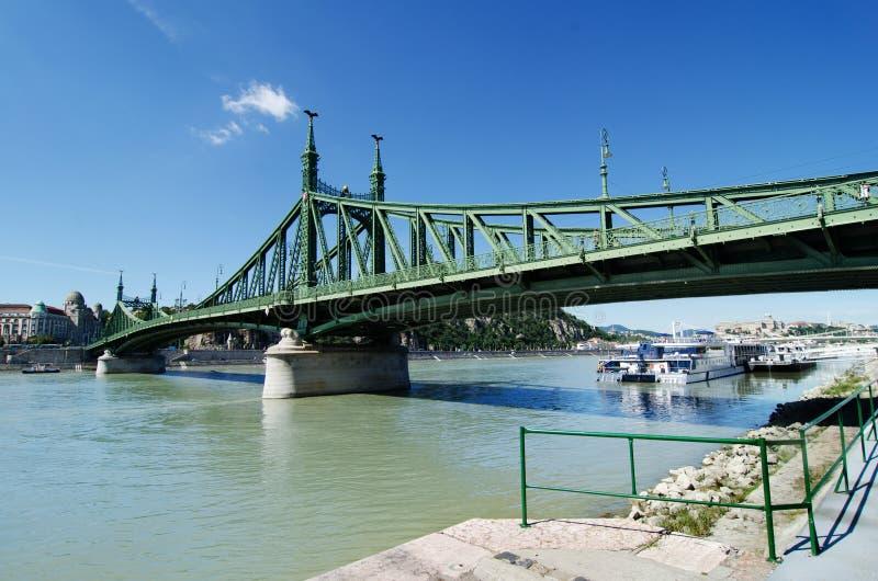 Liberty Bridge in Boedapest, Hongarije royalty-vrije stock afbeeldingen