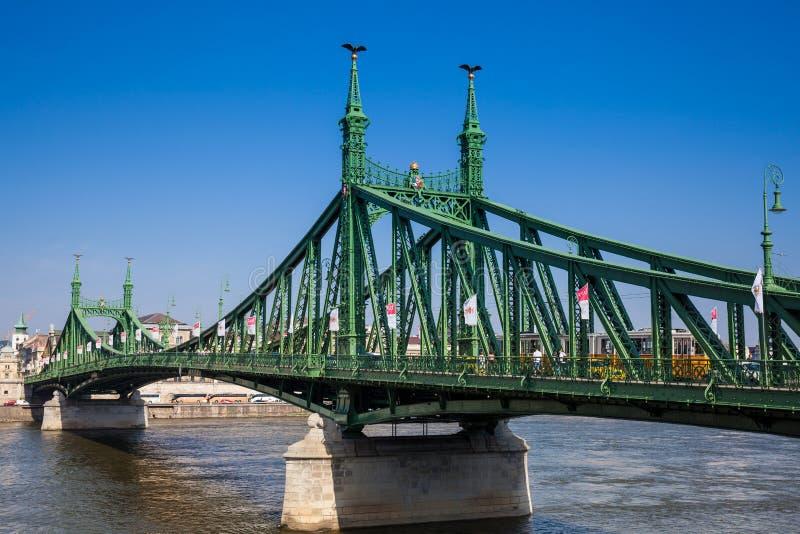 Liberty Bridge ou pont de liberté au-dessus du Danube à Budapest photos stock