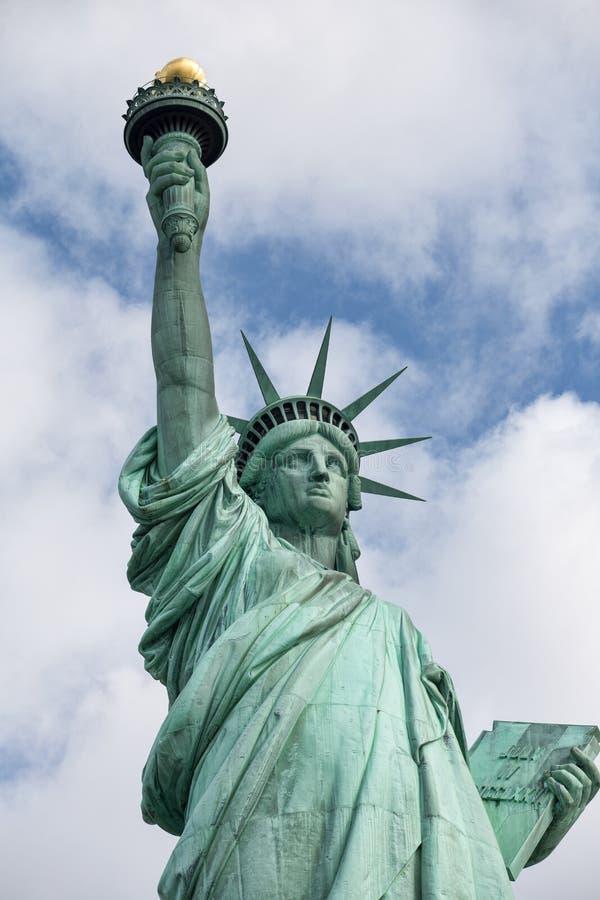 Liberty Island e statua della libertà fotografie stock libere da diritti