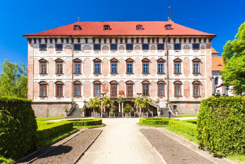 Libochovice slott, Tjeckien fotografering för bildbyråer