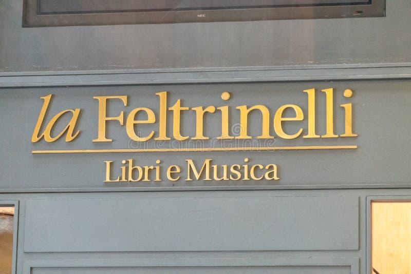 Librairie de livres et de musique de Feltrinelli photo libre de droits
