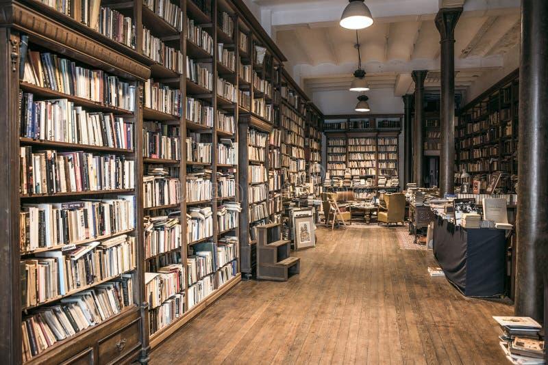 Libreria di seconda mano fotografia stock libera da diritti