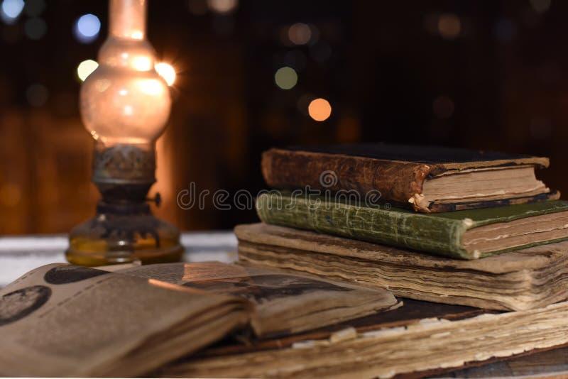Libri antichi immagini stock