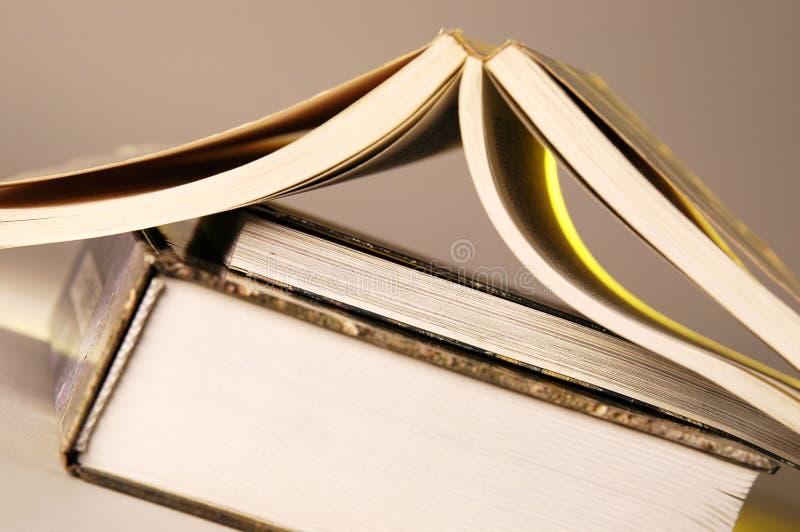 Libri aperti fotografia stock libera da diritti