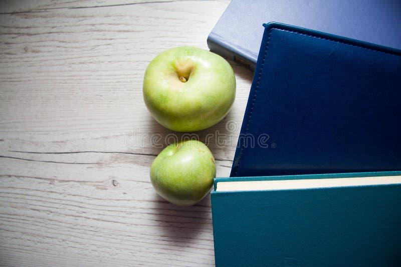 Libri blu della copertura fotografie stock libere da diritti