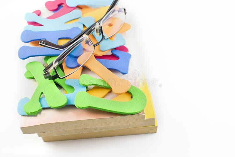 Libri e lettere fotografie stock libere da diritti