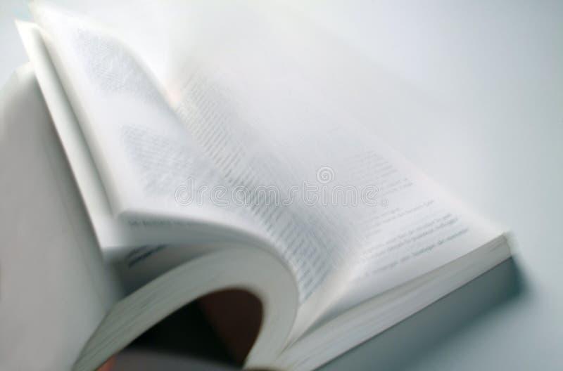 Libro abierto fotos de archivo libres de regalías