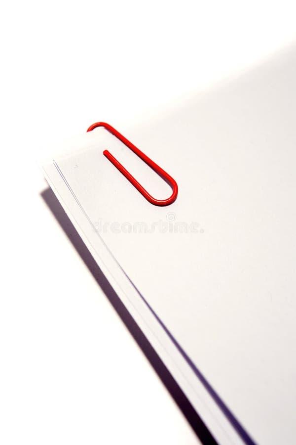 Libro Bianco con la clip di carta fotografie stock libere da diritti