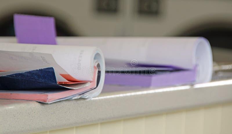 Libro contabile della ricevuta immagini stock