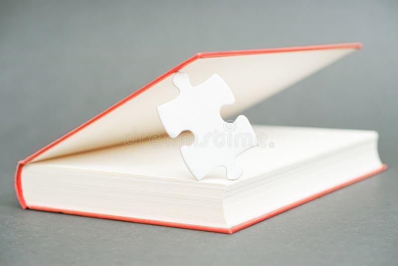 Libro del misterio fotos de archivo libres de regalías
